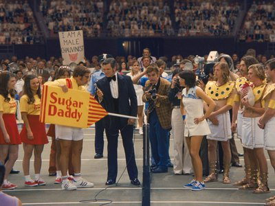 Billie Jean King (Emma Stone) and Bobby Riggs (Steve Carell) right before the famous match in Battle of the Sexes.