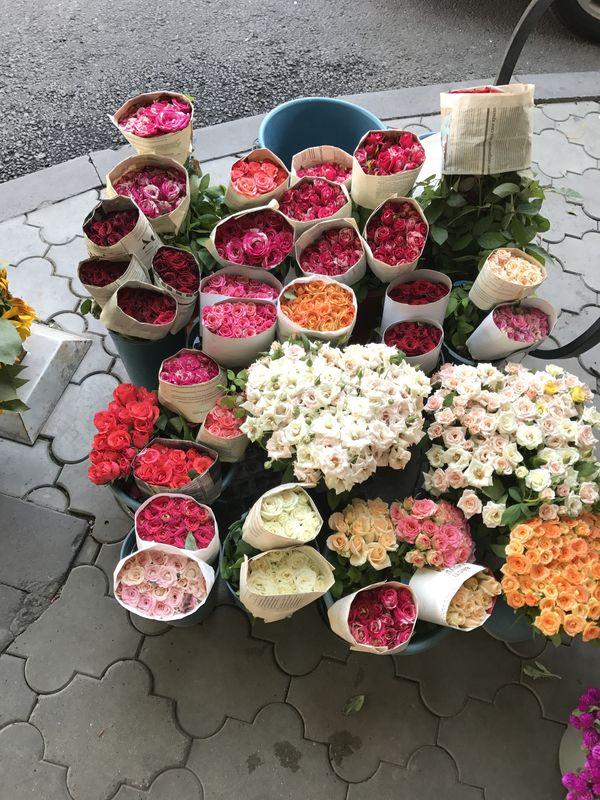 Colorful bouquets thumbnail