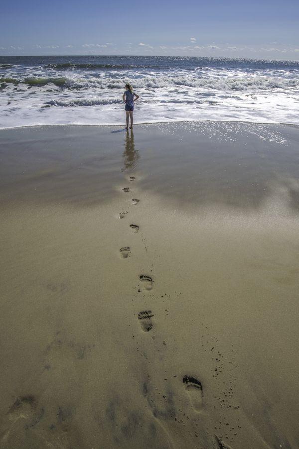 Footprints to the Ocean thumbnail