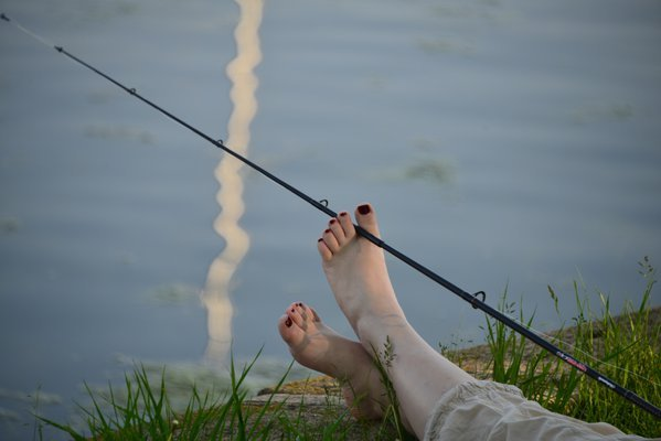Foot fishing thumbnail