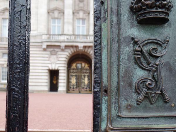 The Barrier at Buckingham thumbnail