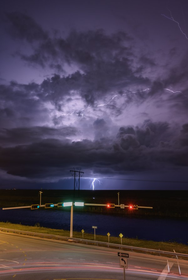 Lightning in the Everglades thumbnail