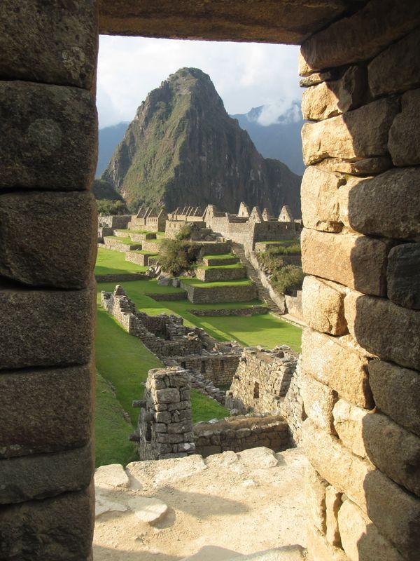 Window in Machu Picchu thumbnail