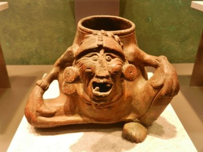 An example of a pot used by the ancient Maya