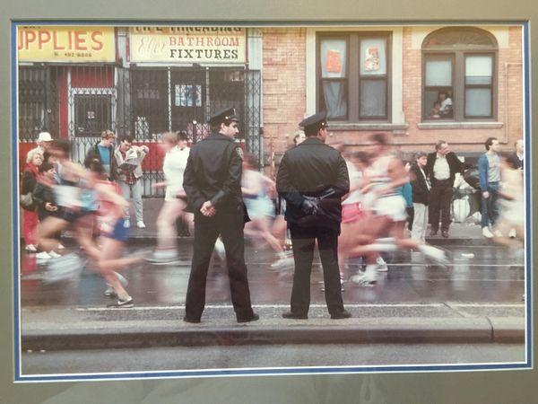 New YOrk City Marathon passes by thumbnail