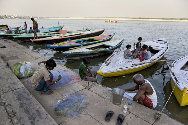 Netting at Varanasi thumbnail