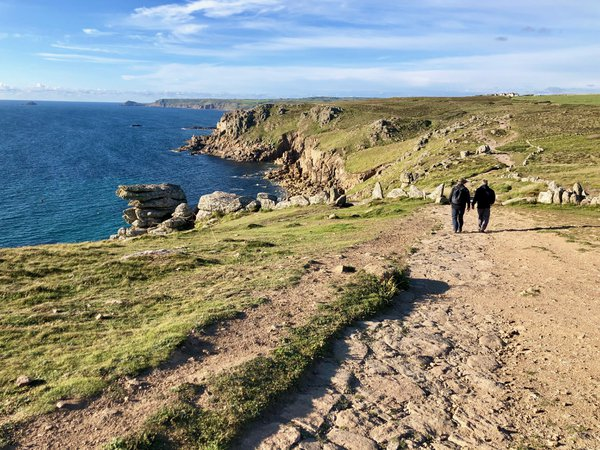 Walk Along Cornwall Coastal Path thumbnail