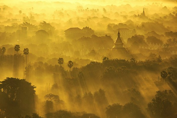 Misty Morning of Mandalay thumbnail
