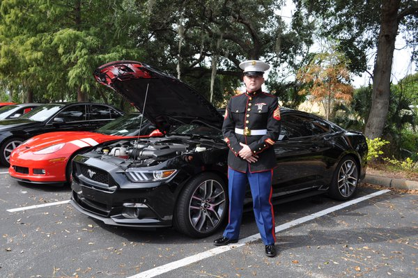Marines & Mustangs Two Great American Icons thumbnail
