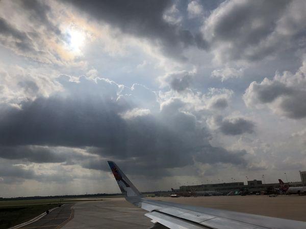 Sun beam throug the clouds thumbnail