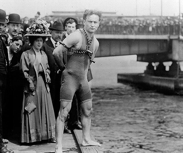 How Harry Houdini and David Copperfield's Jewish Heritage Shaped Their Craft