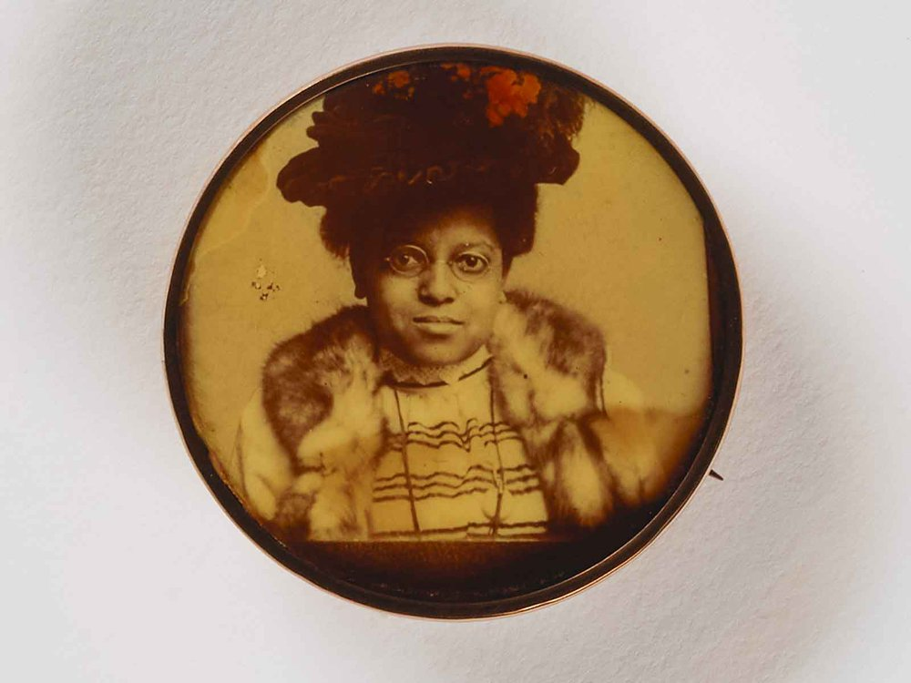 Untitled Woman in Hat Pin