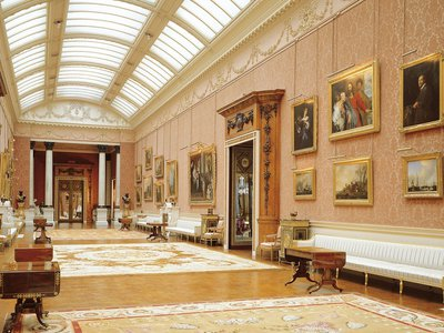 George IV commissioned architect John Nash to design Buckingham Palace's picture gallery as a home for his art collection.