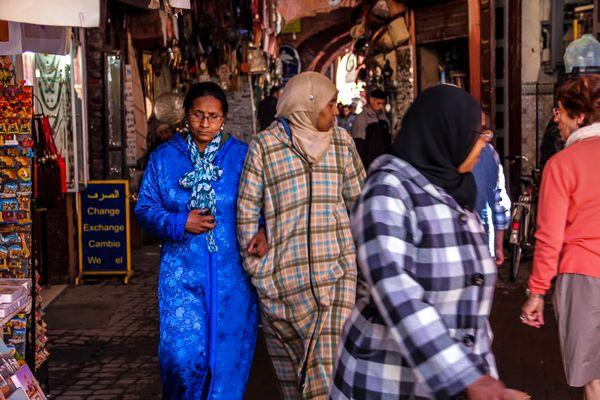 Women in Marrakech Medina thumbnail