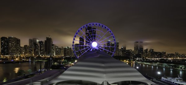 Chicago skyline from Navy Pier thumbnail