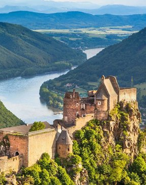 Preview thumbnail for Cruise the Danube River with Smithsonian Journeys