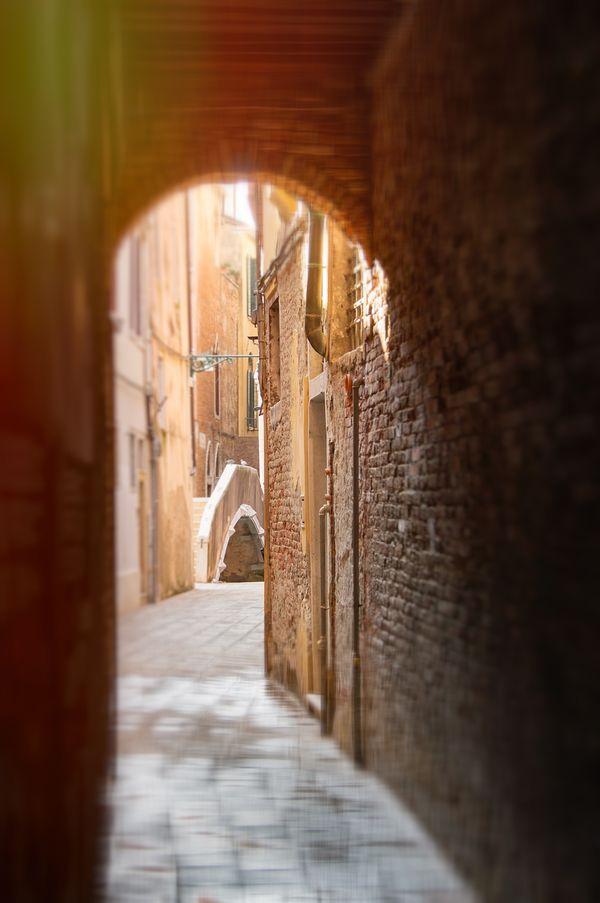 Venetian silence thumbnail