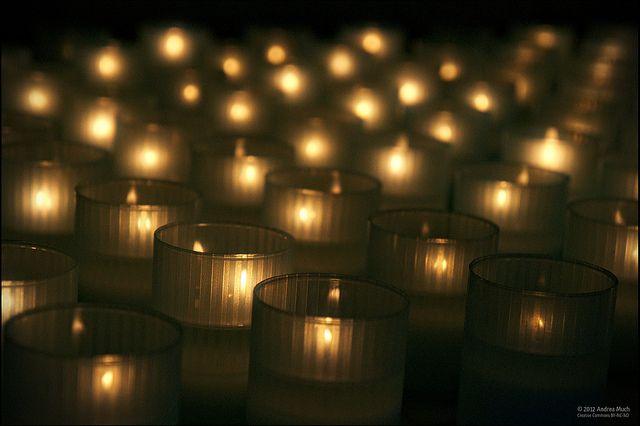 2012121911401912_19_2012_sandy-hood-vigil.jpg
