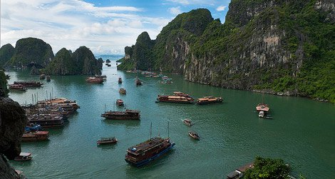 The floating fishing villages in Vietnam's Halong Bay