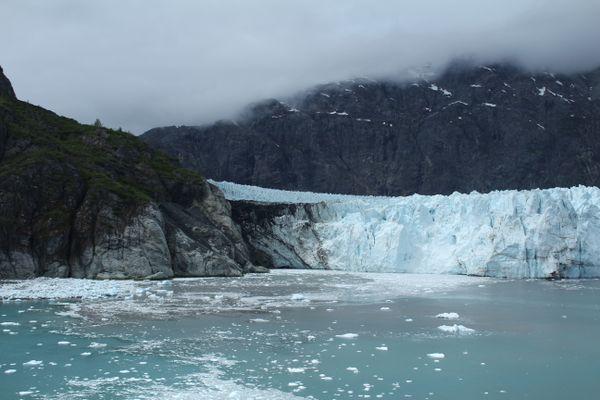 Glacial Mountainside thumbnail