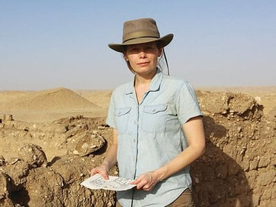 Egyptologist Jacquelyn Williamson on site at Tell el-Amarna. Williamson will lead an all-day seminar for Smithsonian Associates on April 10 examining the site's latest discoveries
