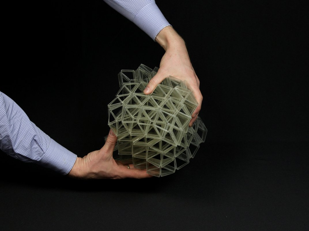 A New Material Could Make Medical Devices That Expand and Collapse