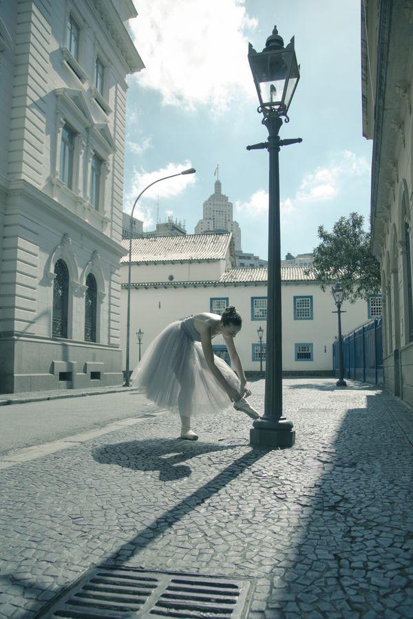 Ballerina and the City thumbnail