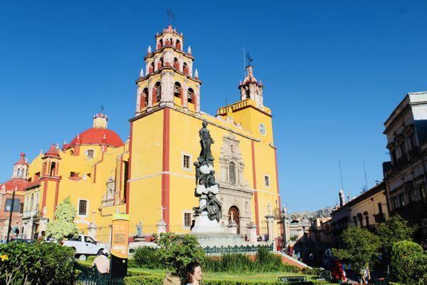 Town Square in Guanajuato thumbnail