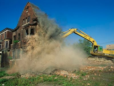 A house in Detroit is demolished in 1992