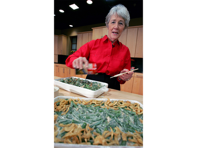 Dorcas Reilly preparing her famous green bean casserole at the Campbell Soup corporate kitchen in 2005.