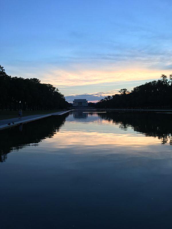 Lincoln Memorial reflecting pool at dusk.  thumbnail