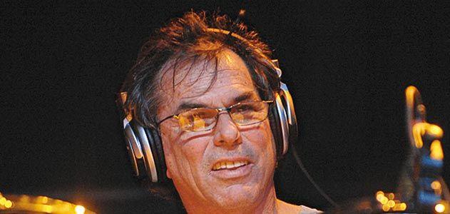 The Grateful Dead drummer Mickey Hart