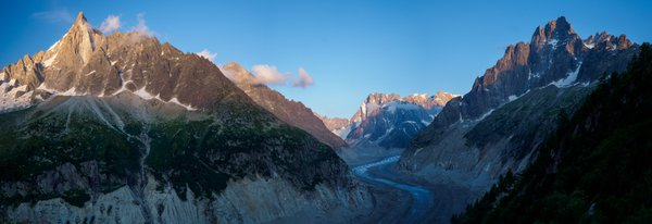 Alpenglow on the Aiguille du Dru thumbnail