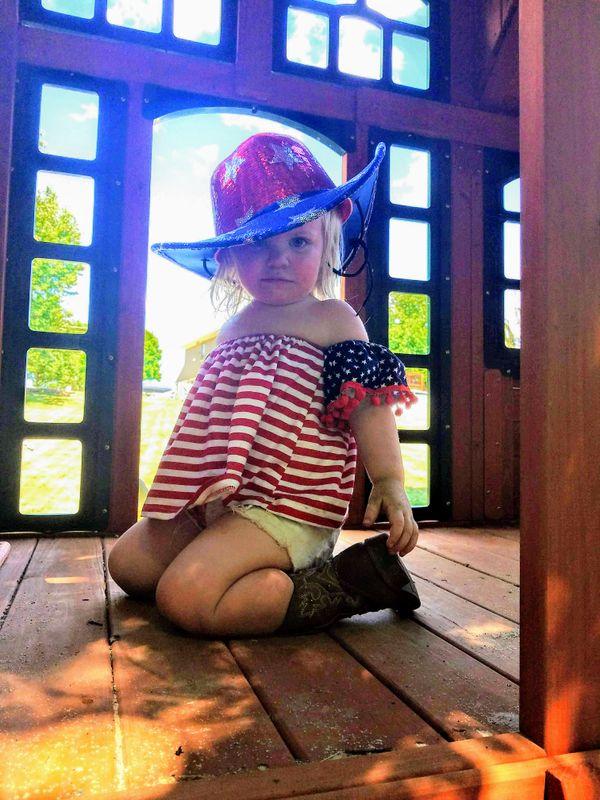 Blonde Toddler in America Gear thumbnail