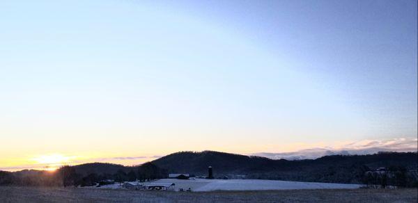 Snowy Tennessee Sunrise thumbnail