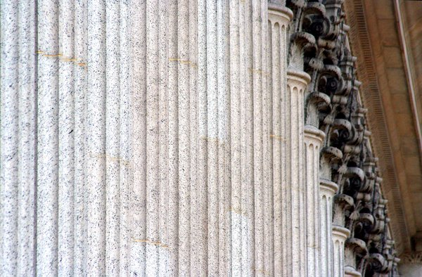 columns in front of the New York City Post Office thumbnail