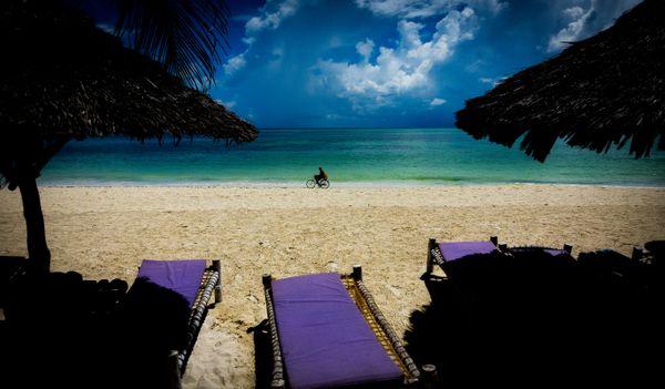 Bicycle on Zanzibar beach thumbnail