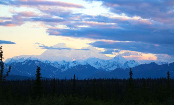 Alaskan summer sunset on Denali thumbnail