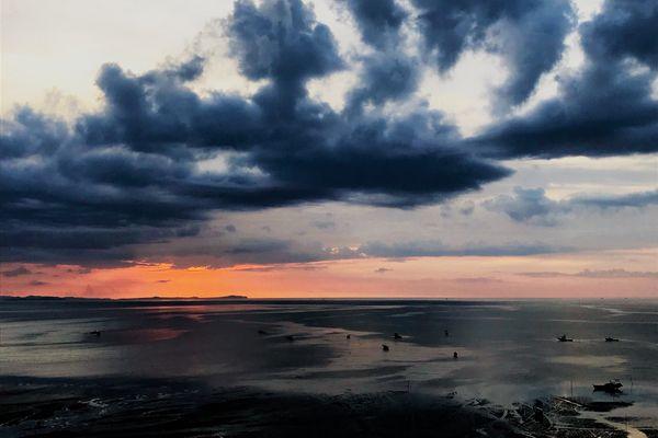 The Dramatic Sunset thumbnail