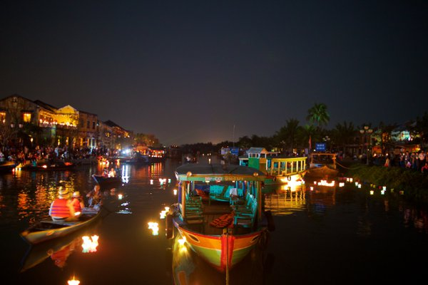 Boats in Hoi An thumbnail