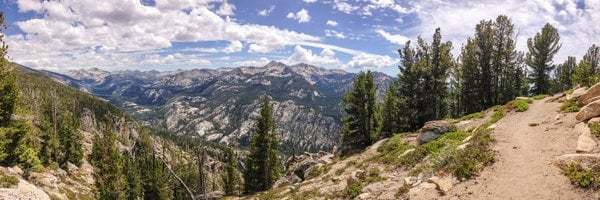 The expansive view of the eastern range of the Sierra Nevada backpacking along the John Muir Trail thumbnail