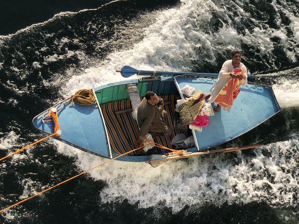 Vendors on the Nile River thumbnail