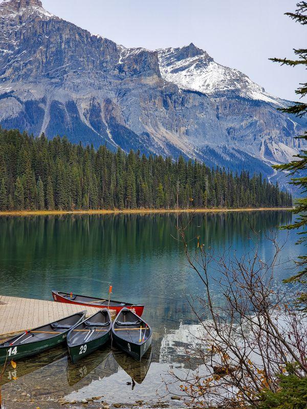 Emerald Lake, Yoho National Park, Canada thumbnail