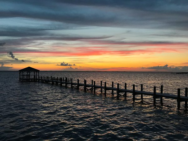 Sunset at the pier thumbnail
