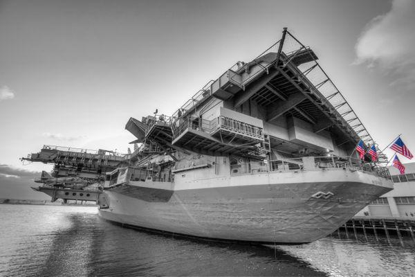 USS Midway - San Diego California thumbnail