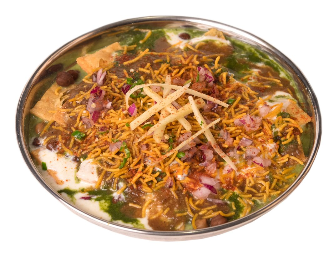 Looking for Delicious, Authentic Cooking in India? Head to a Truck Stop