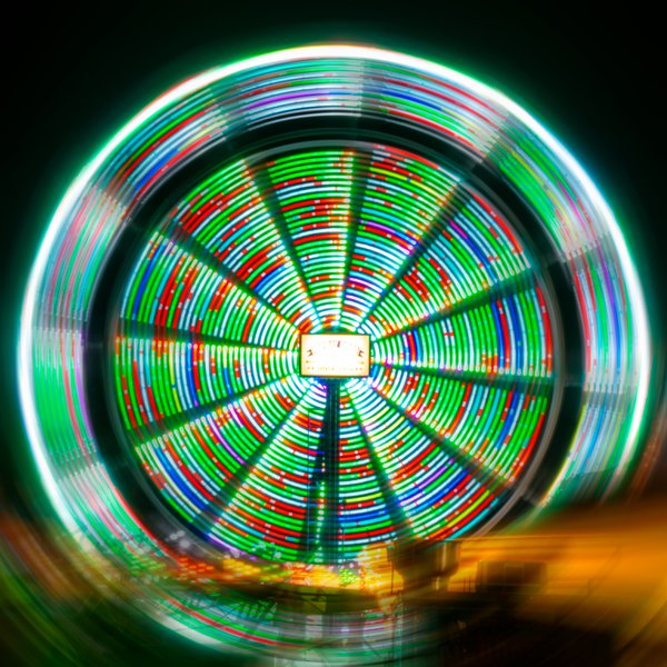 Mesmerizing Farris Wheel  thumbnail