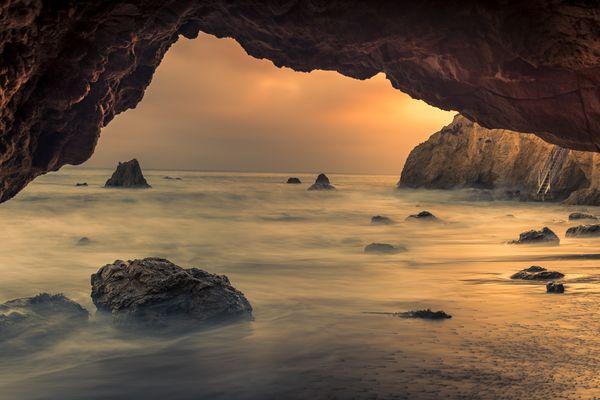 El Matador Cave Sunset, Malibu Beach, California thumbnail