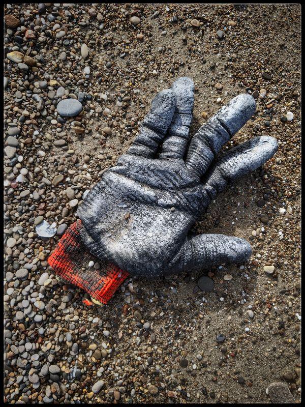 In Turkey. Glove thumbnail