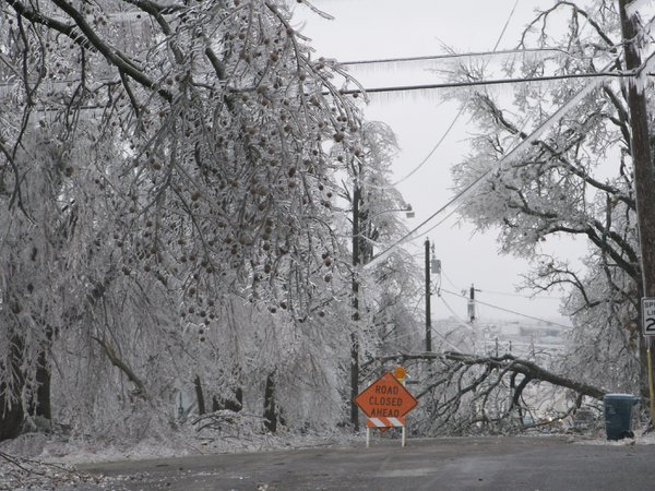 January ice storm in Missouri thumbnail